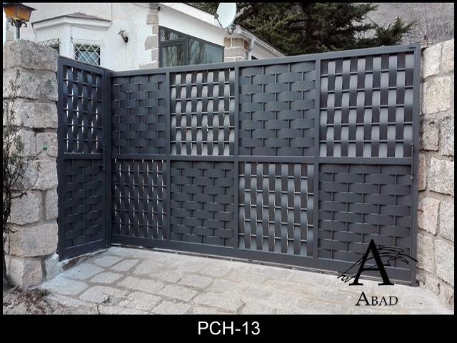 Puertas correderas de garaje puertas de hierro para jardines - Puertas chapa exterior ...