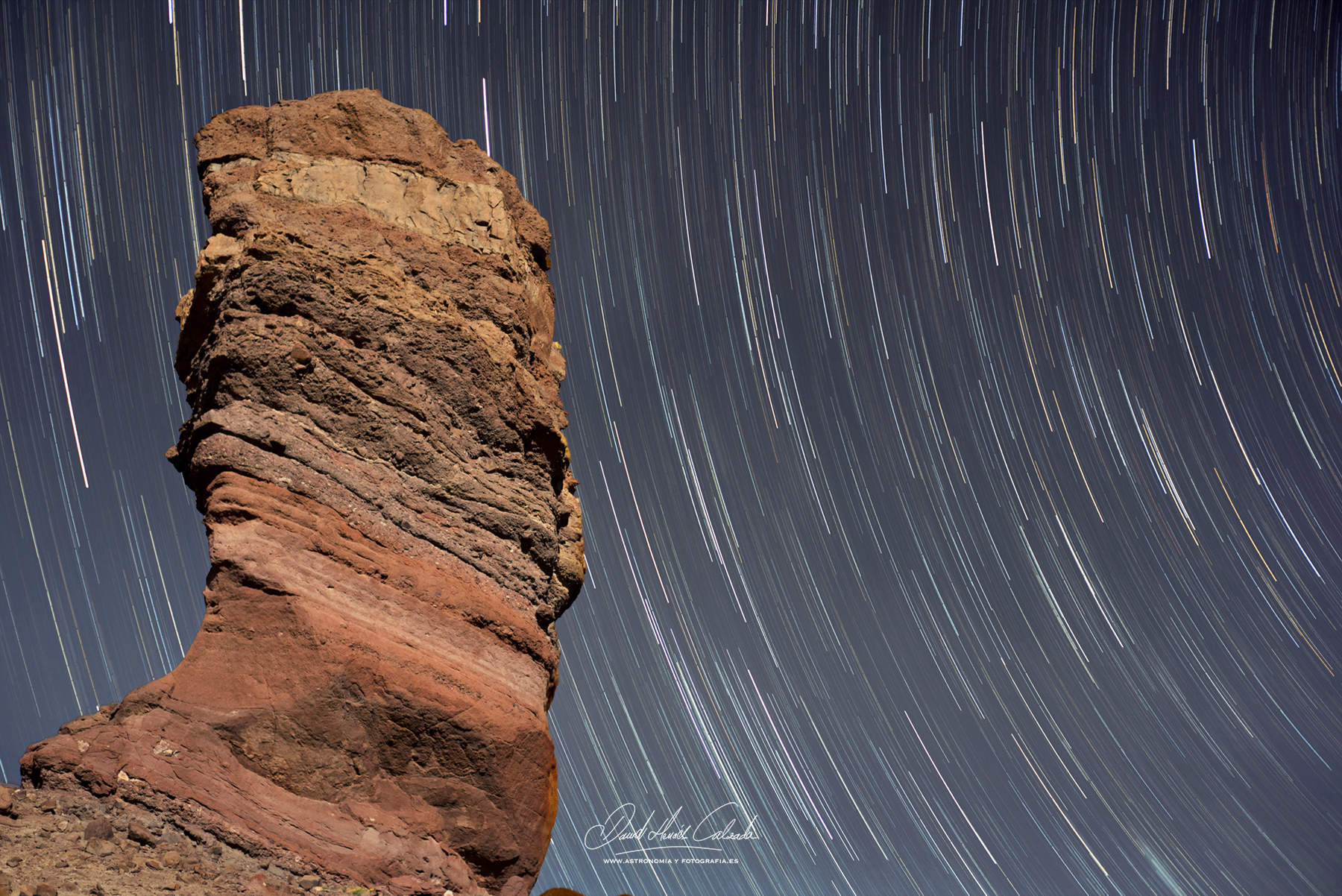 STAR TRAILS EN EL ROQUE DE GARCIA