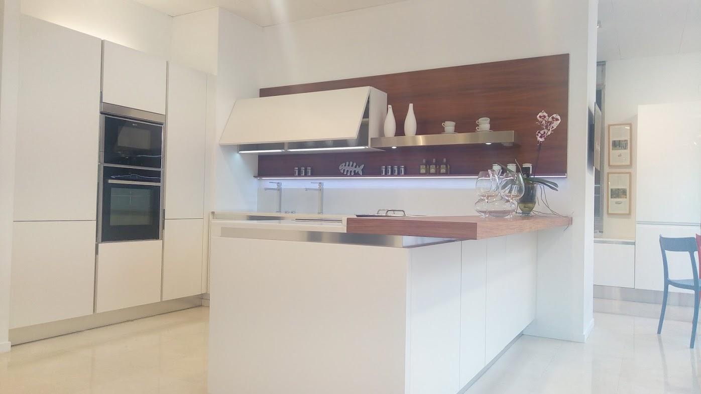 Muebles de cocina tenerife ecocasa salvarani cocinas for Muebles baratos tenerife