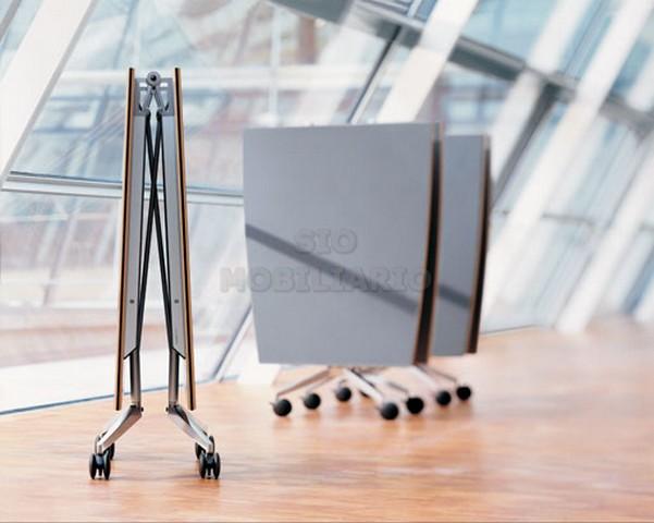 Sio mobiliario oficina madrid mesas plegables y abatibles for Mesas tableros plegables