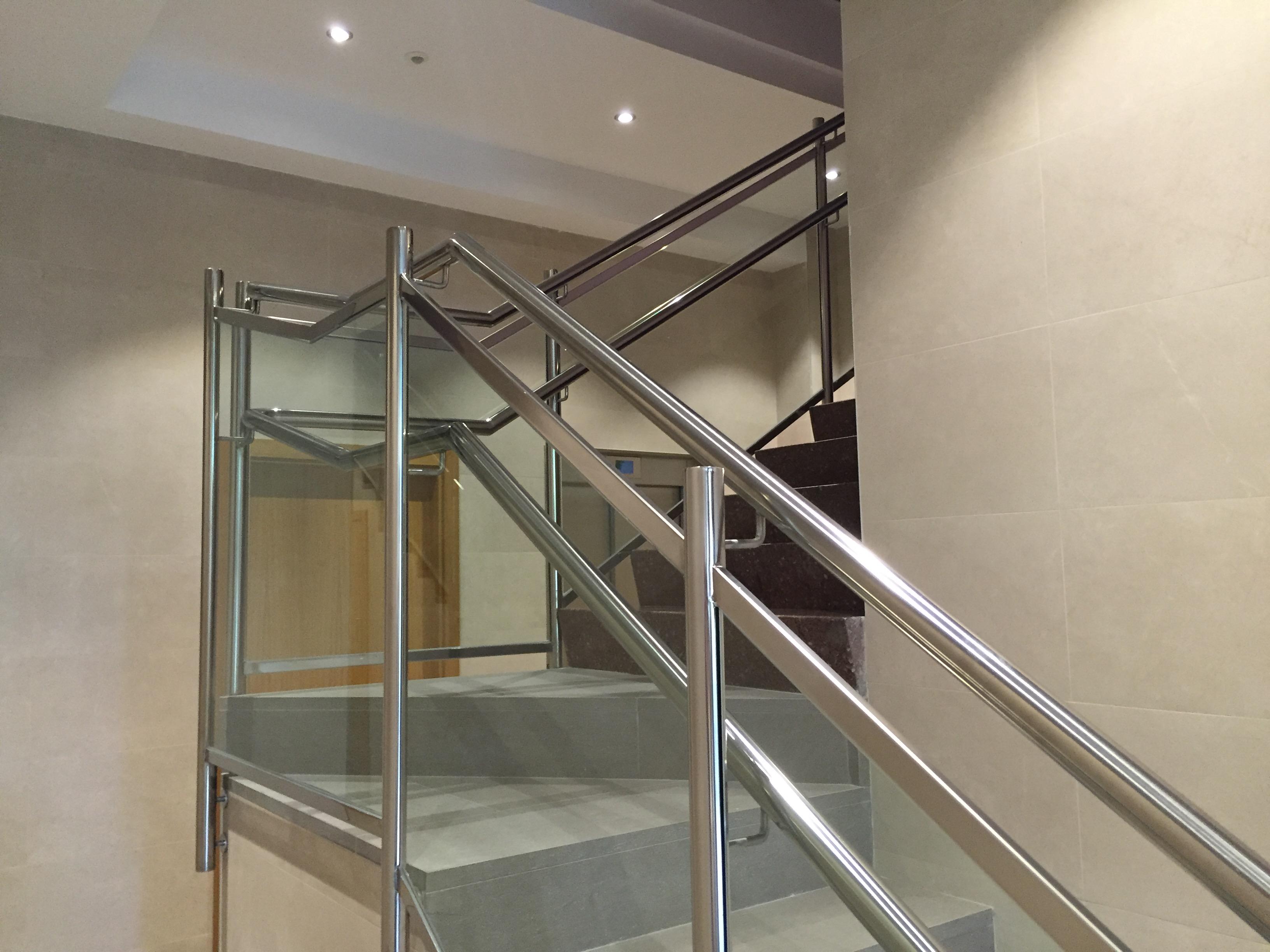Pasamanos escaleras acero inoxidable barandilla teistor - Barandilla de escalera ...