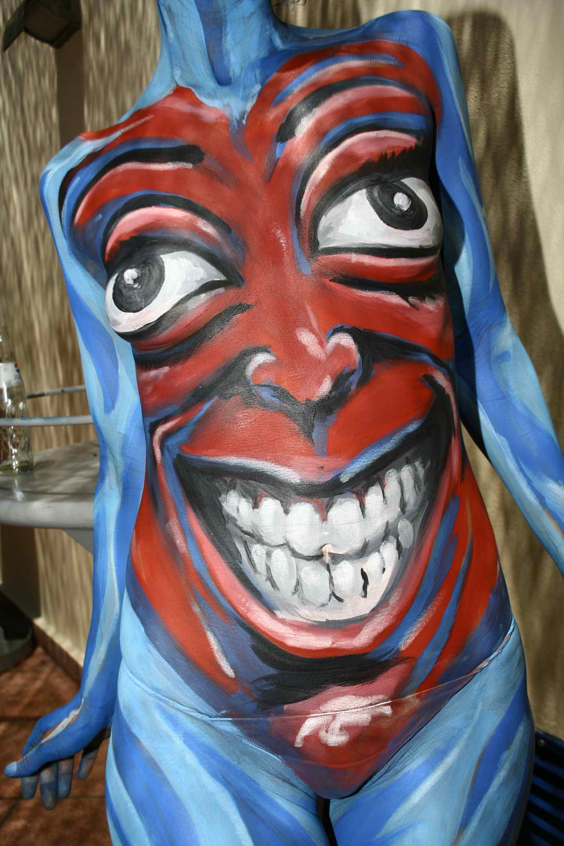ibiza, arte, bodypainting, Streakka Space, maquillaje, Fake, action painting, pintura en directo