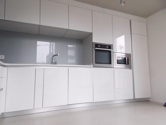 Arrasate kristaldegia for Revestimiento de cocina con porcelanato