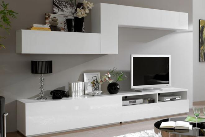Lacados barnizados y tintes for Pintar muebles barnizados