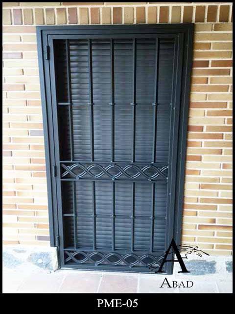 Segunda mano puertas de hierro for sale en montejaque for Puertas correderas exteriores segunda mano