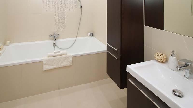 C mo limpiar las juntas de los azulejos del ba o - Como limpiar azulejos del bano ...