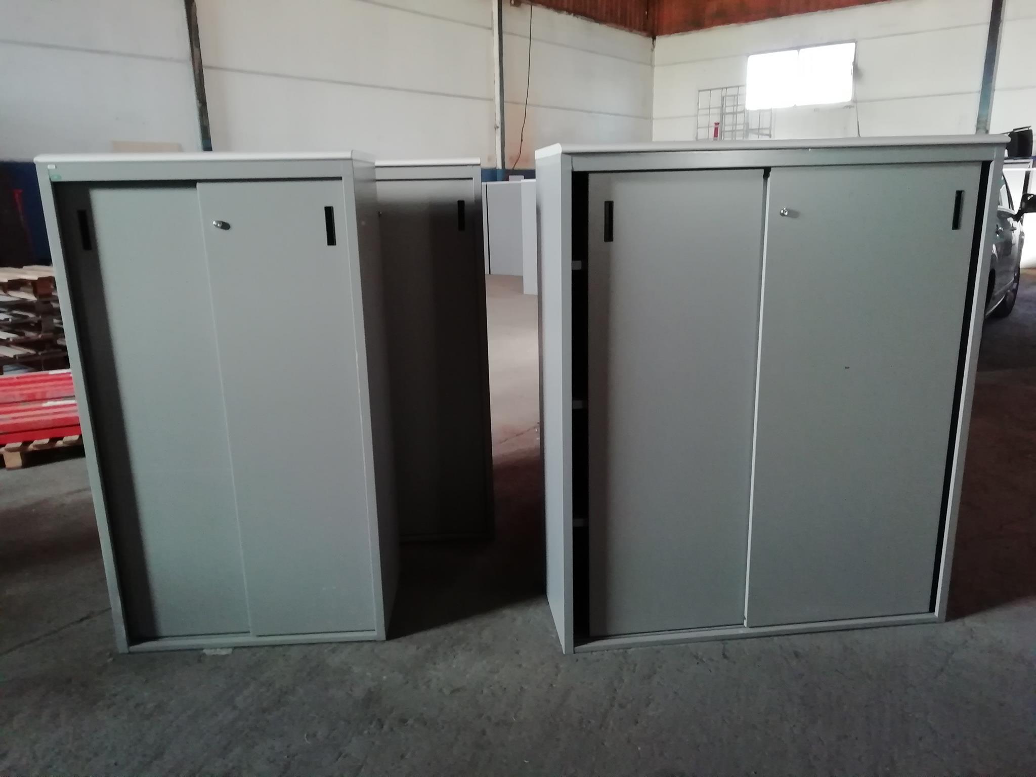 Estanterias Metalicas Oficina.Muebles Leal Muebles De Oficina De Segunda Mano Y
