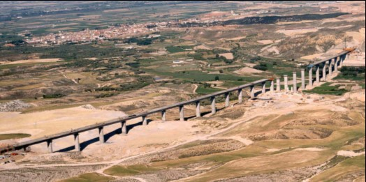 Viaduct of the Genil, Fuentes de Ebro, Zaragoza.