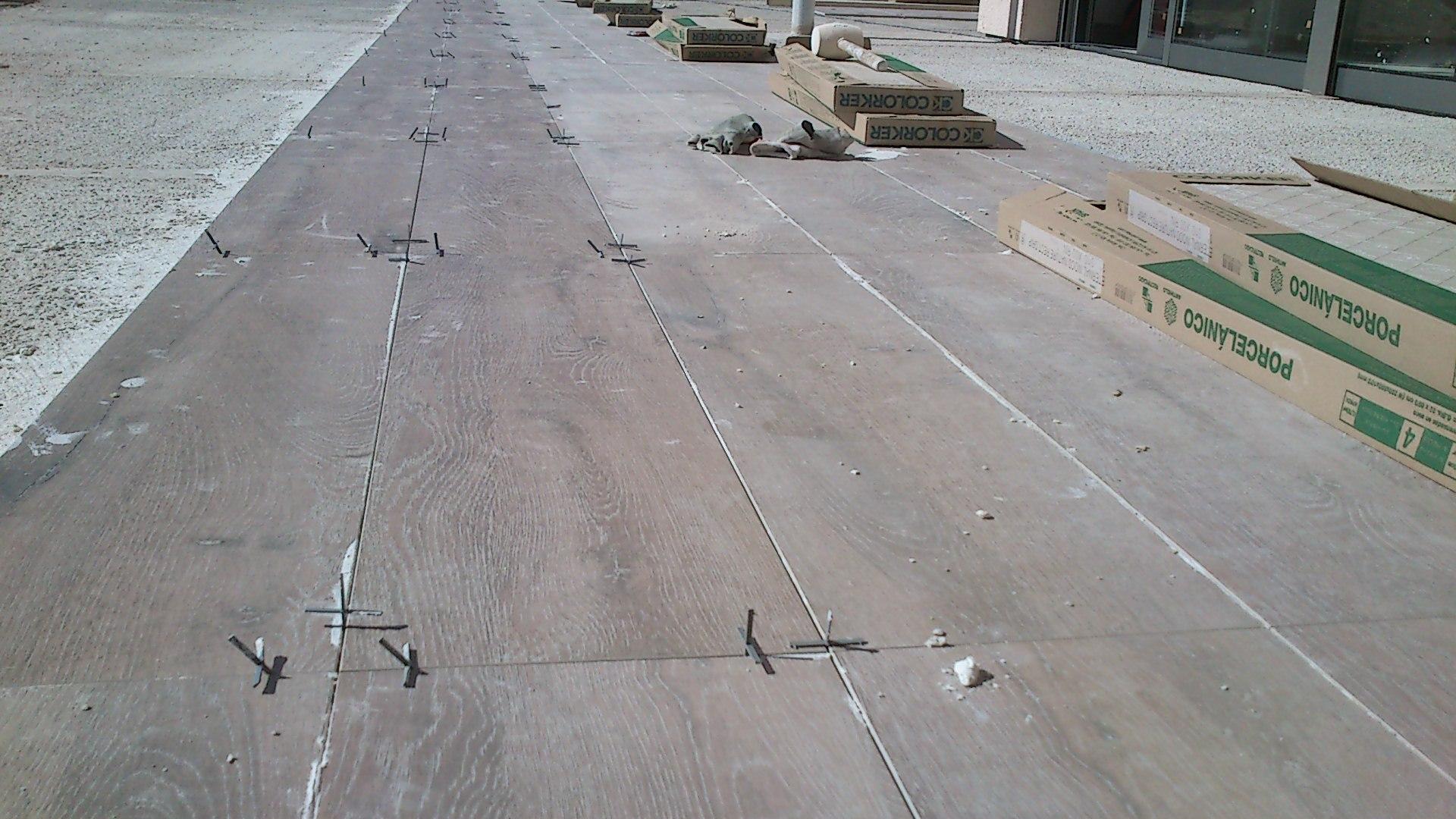 Suelos de exterior baratos pavimento exterior barato awesome suelos para jardines y suelo - Gres porcelanico barato ...